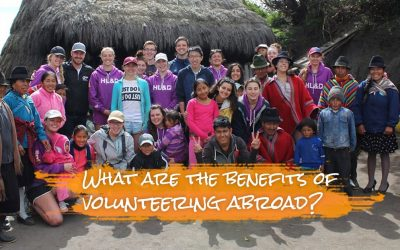 What are the benefits of volunteering abroad?